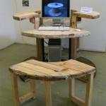 Kábeldobból számítógépasztal